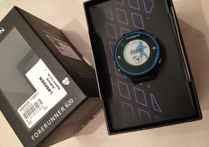 Garmin Forerunner 620 - Box